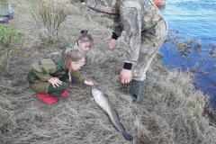 Балалаева Любовь. Наша удочка не палка, с папой славная рыбалка!